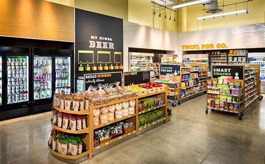 New 7 Eleven aisle